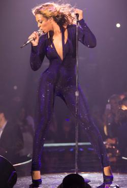Beyonce-Mrs-Carter-tour-Catsuit